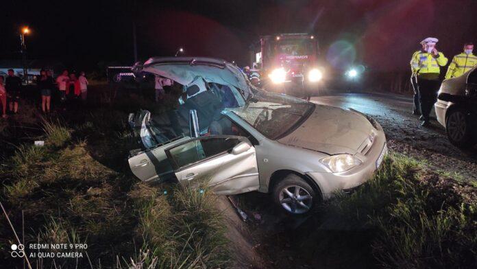 Un mort și doi răniți grav într-un accident lângă Rovinari